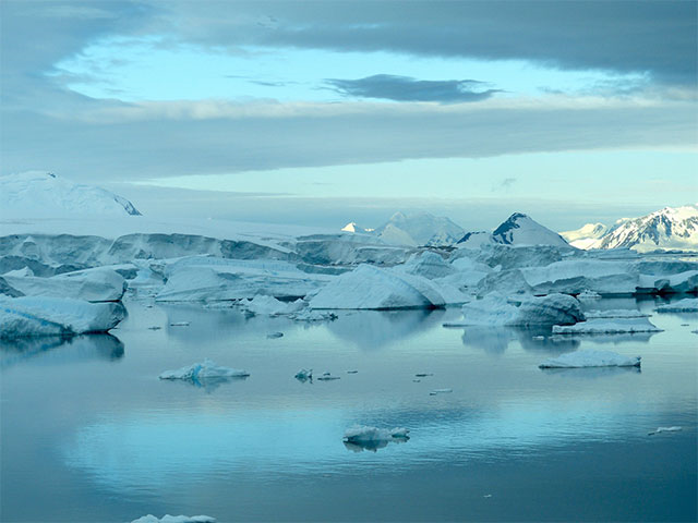 what is the weather and climate in antarctica